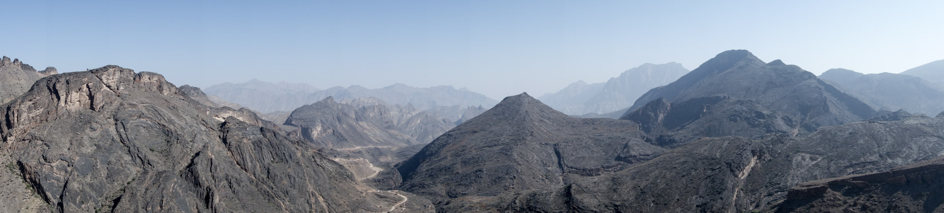 Panorama after a small hike above Bilad Sayt.