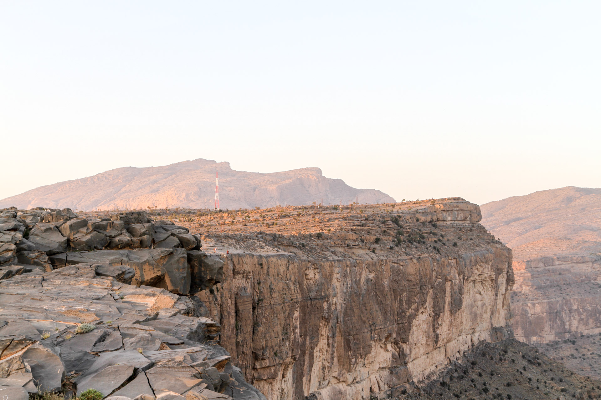 View of the Jebel Shams cliff from our camping place.