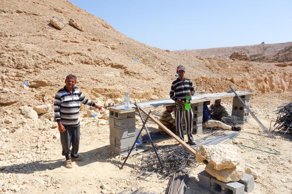 Gastarbeiter in Sur auf einer Baustelle