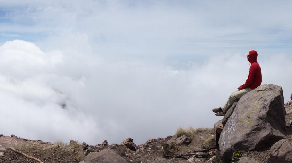 Ich beim ausruhen auf dem Volcan de Acatenango.
