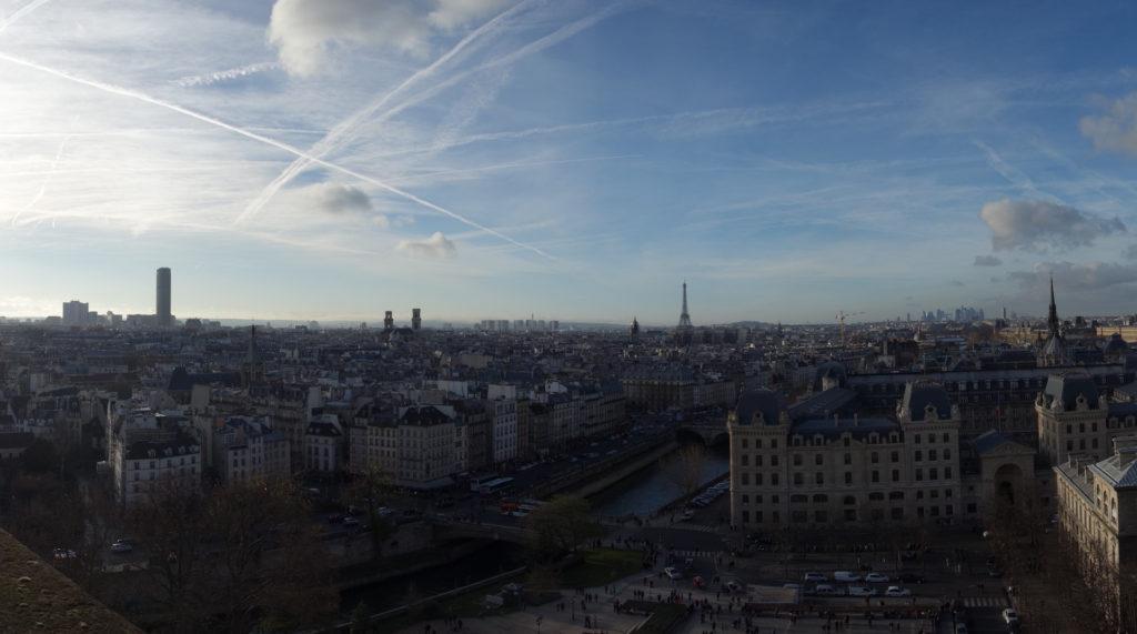 Panorama von Notre Dame gesehen